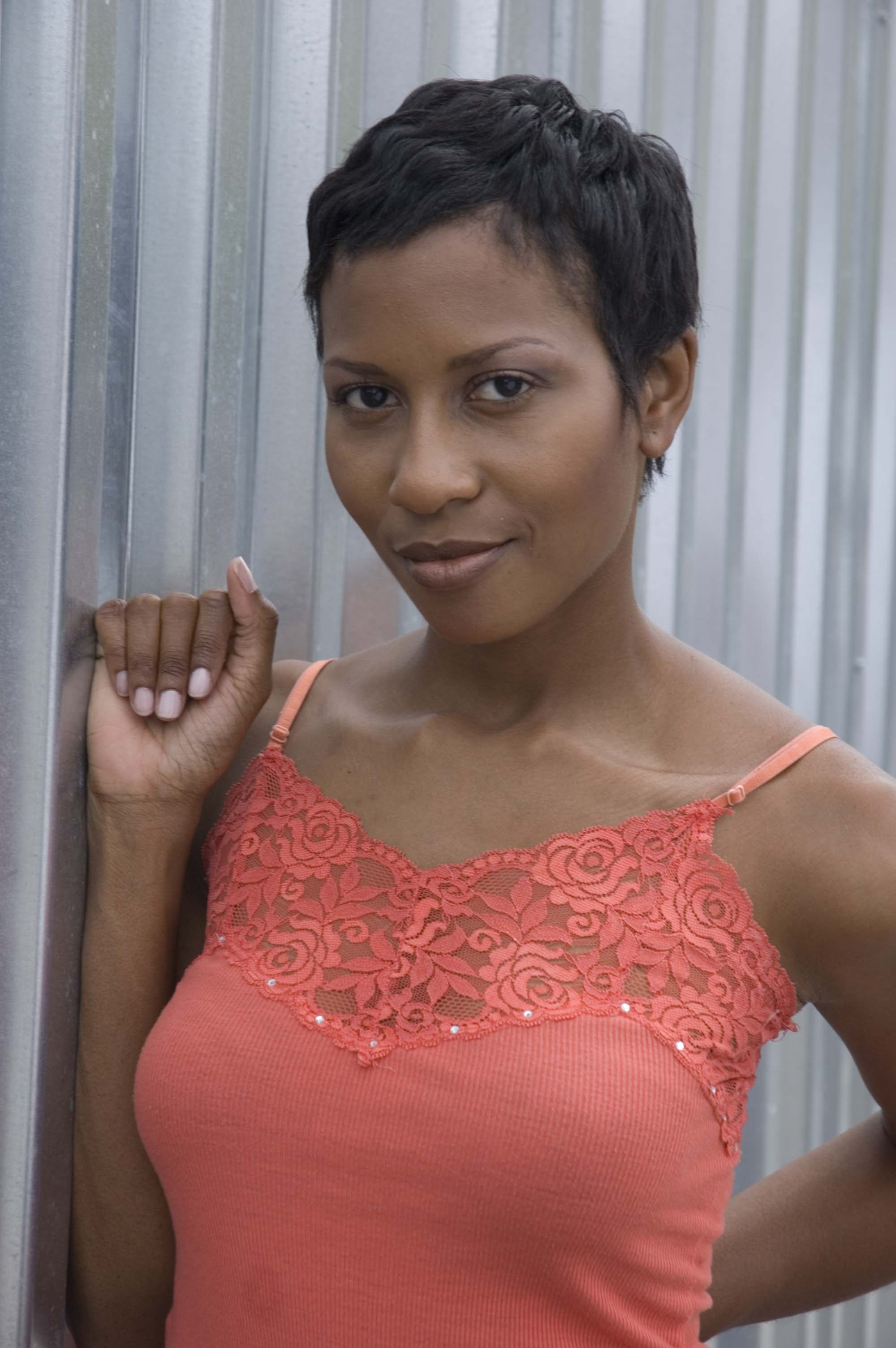 black short cut hairstyles